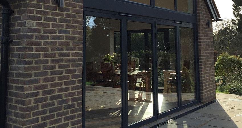 Glazing Side Angle