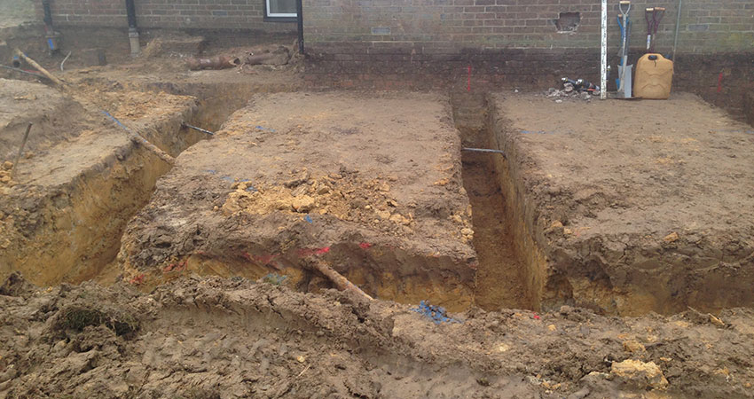 Footings Dug 850x450