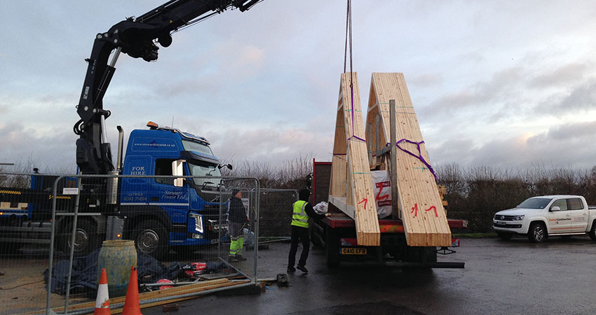 Roof Trusses Ariving 850x450